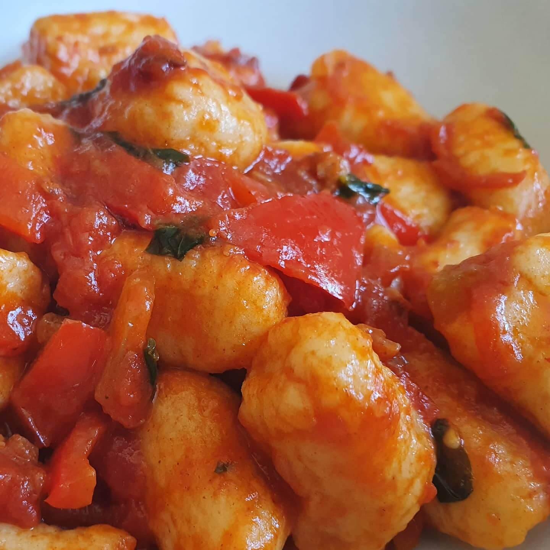 gnocchi and tomato sauce